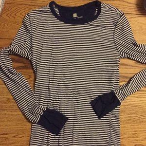 Gap long sleeve striped